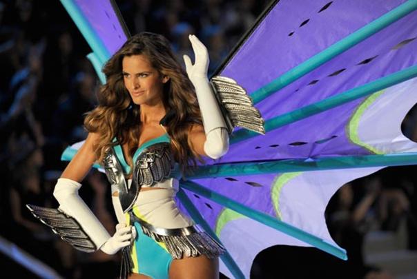 Victoria's Secret Fashion Show 2011 -2012 Victorias-secret-5